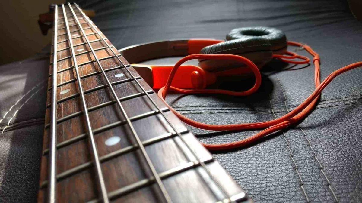 Tirant corde guitare basse